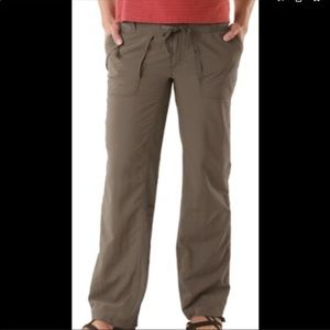The North Face Horizon Tempest Olive Roll Up Pants